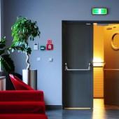 Металлические противопожарные двери – оптимальный способ защиты при возгорании