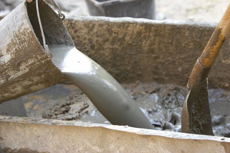 приготовление цементного раствора в построечных условиях