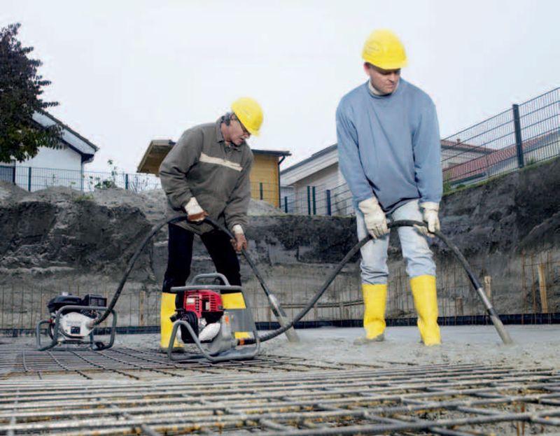 Какими уплотнить бетонную смесь цементный раствор пропорции для пола