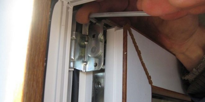 Легкий ремонт двери.