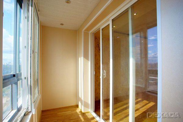 Двери на балкон на заказ