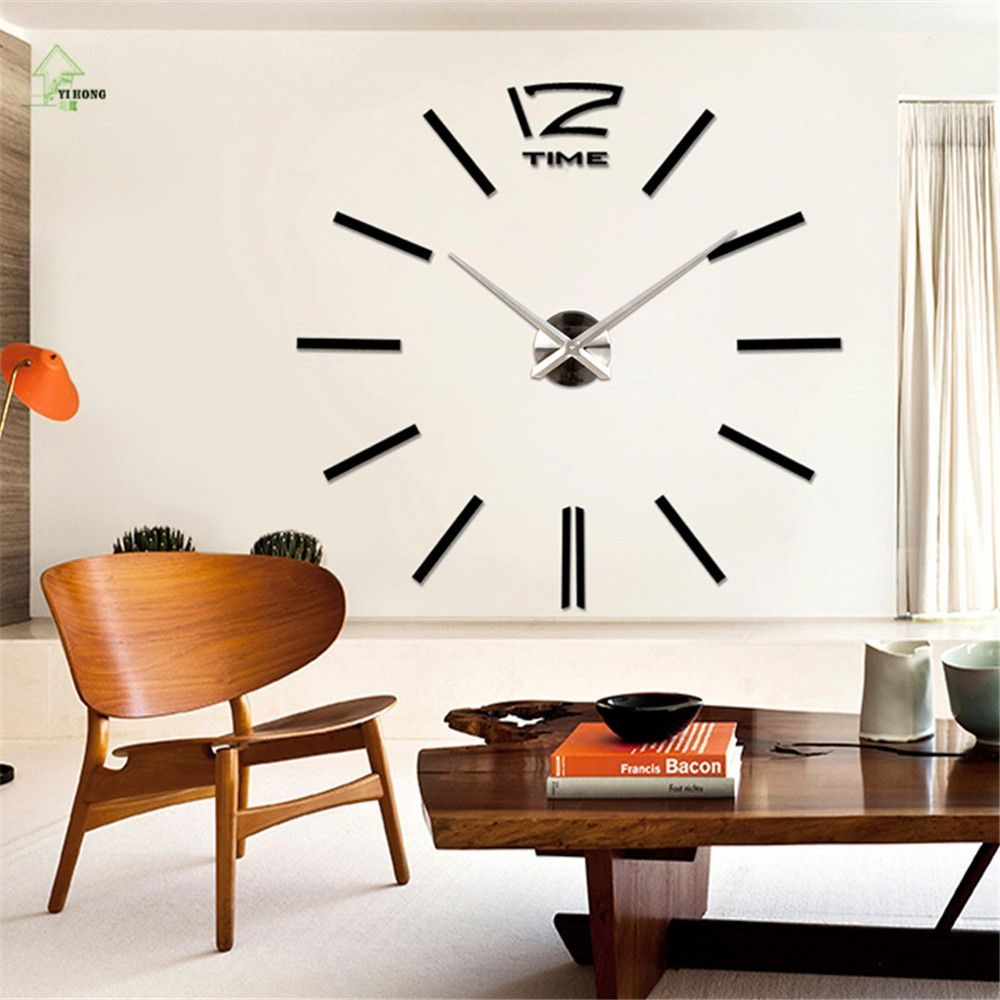 Роскошные настенные часы солидных размеров