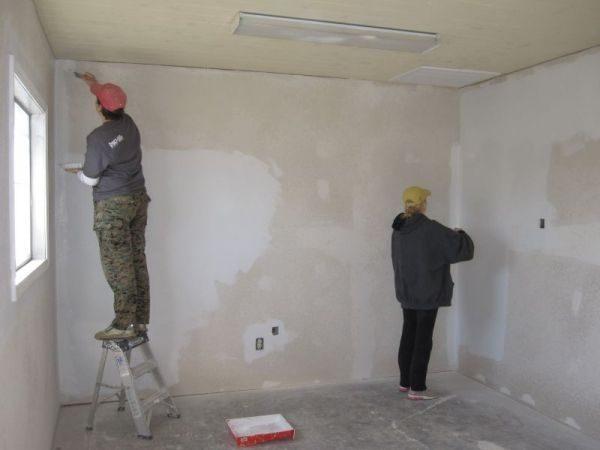 Внутренняя отделка бетонных стен